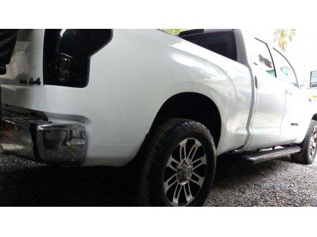 Toyota Tundra thumbnail 3