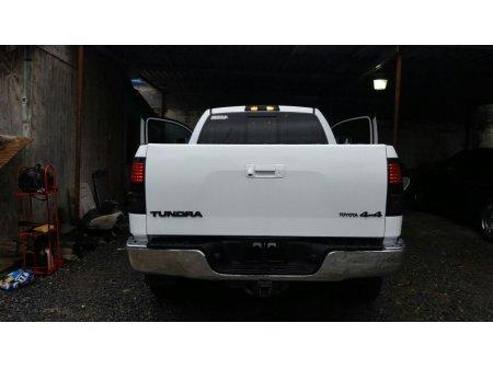 Toyota Tundra thumbnail 4